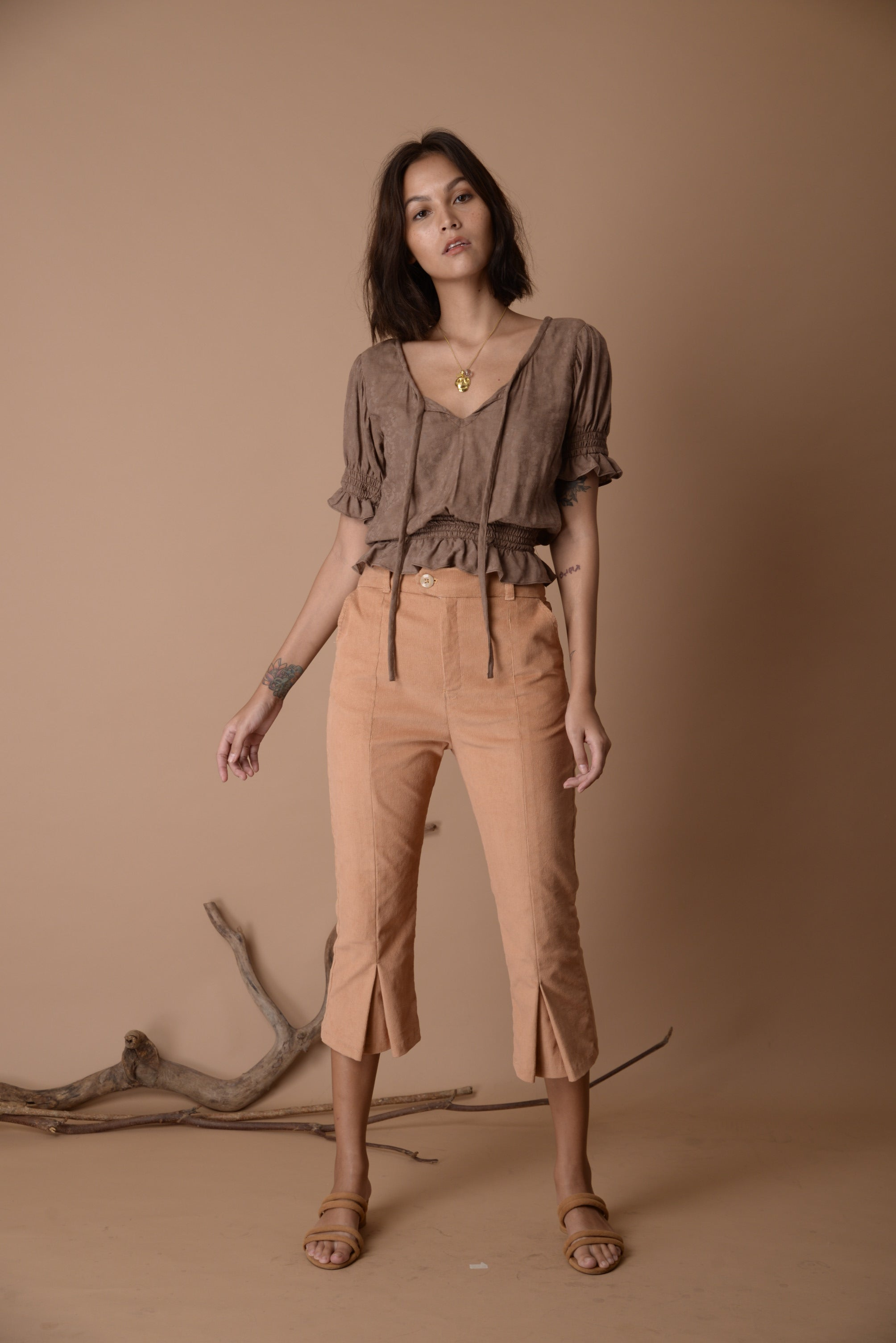 Carolyn Top Oak Brown