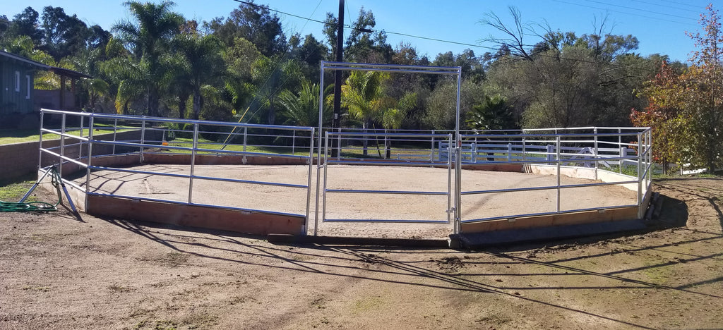 60' Round Pen 4-Rail 1-5/8 w/ Wood Base