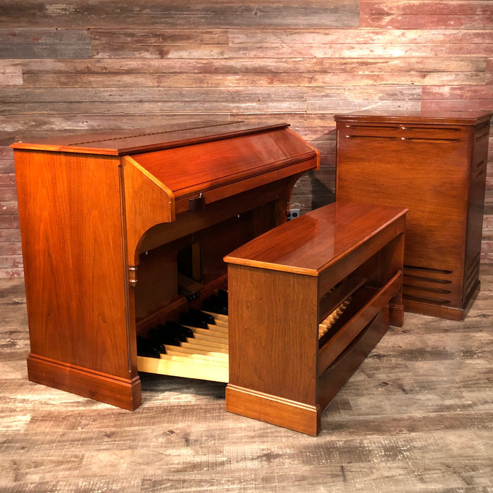 Hammond RT3 Organ (1960) - Red Mahogany and Leslie 122 Speaker - Walnut View 2