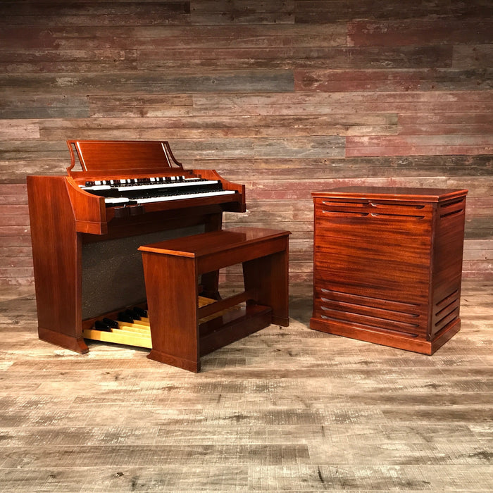 Hammond A-100 Organ and Leslie 45 Speaker View 2
