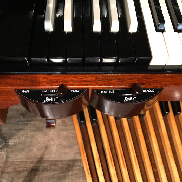 Hammond A-100 Organ and Leslie 45 Speaker View 11