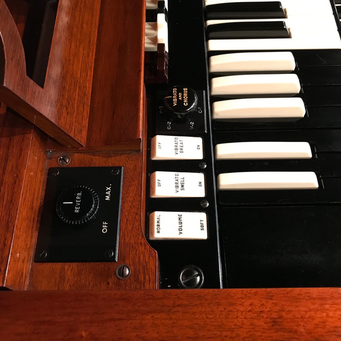 Hammond A-100 Organ and Leslie 45 Speaker View 9
