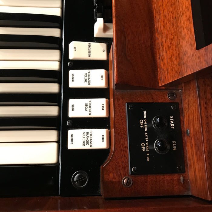 Hammond A-100 Organ and Leslie 45 Speaker View 10