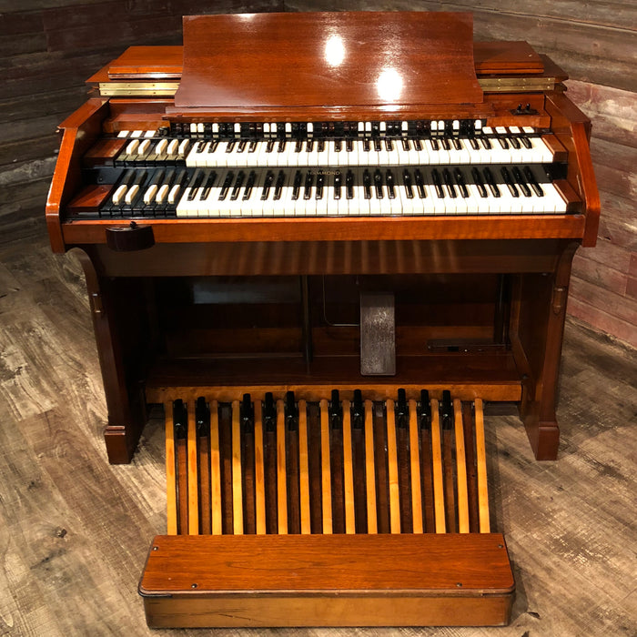 Hammond Vintage (1958) C-3 Organ and Leslie Type 122 Rotary Speaker View 3