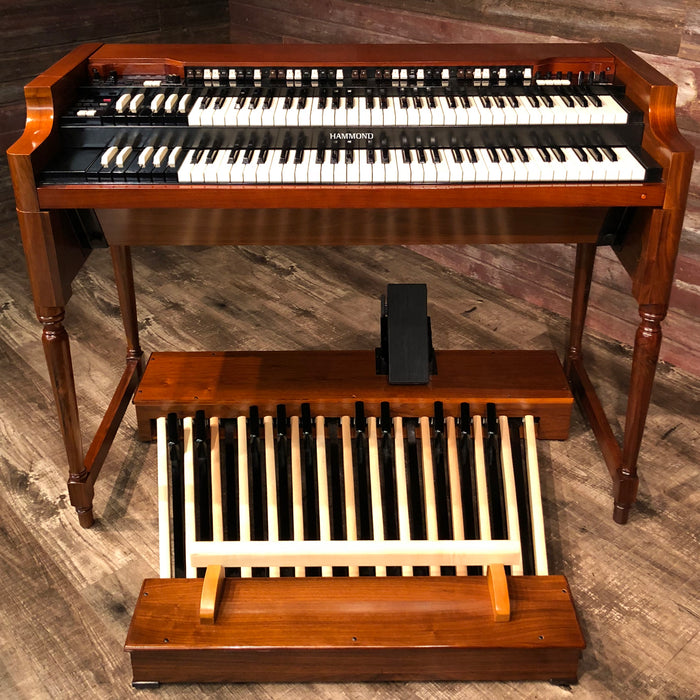 Hammond Vintage A-3 Organ and Leslie Type 3300 Rotary Speaker - Red Walnut Front
