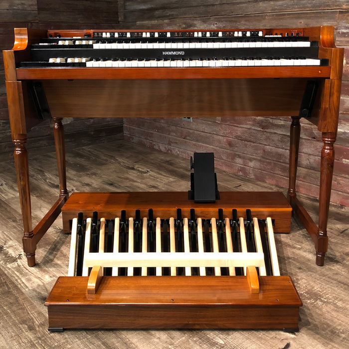 Hammond Vintage A-3 Organ and Leslie Type 3300 Rotary Speaker - Red Walnut View 3