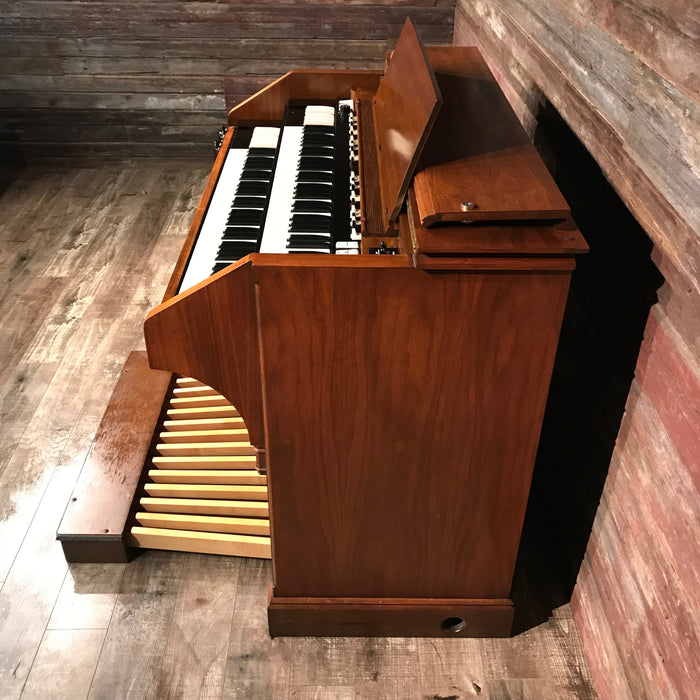 Hammond Vintage (1974) C-3 Organ and Leslie Type 122 Rotary Speaker 3