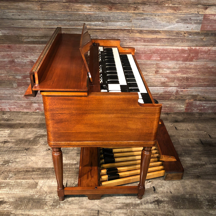 Hammond Vintage (1957) B-3 Organ with Leslie 122 Rotary Speaker View 4