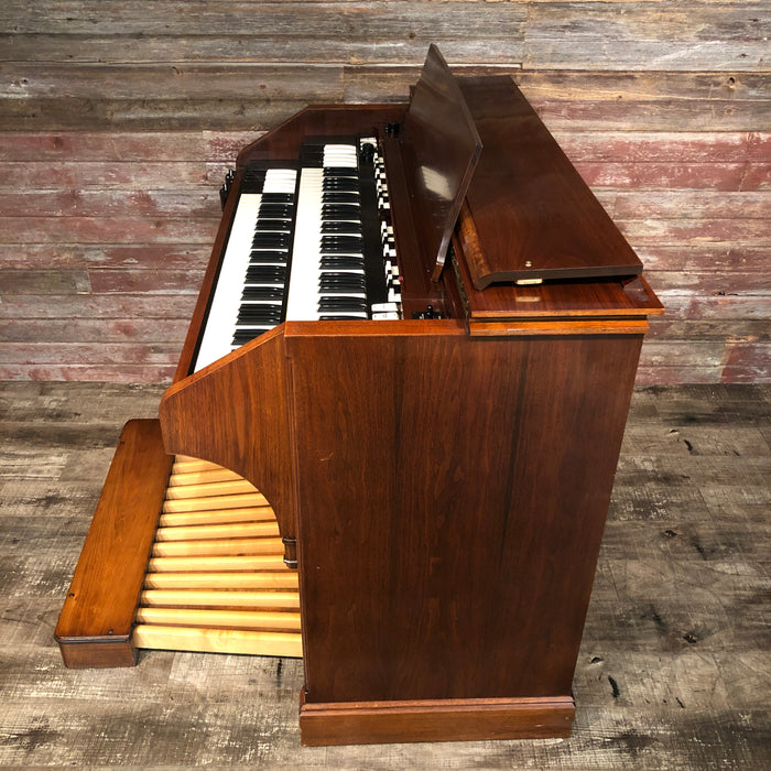 Hammond (1964) A-105 Organ with Leslie 771 Rotary Speaker View 9