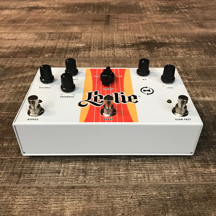 "Leslie Rotary Effect ""Cream"" Pedal with Trek II Vib 3"