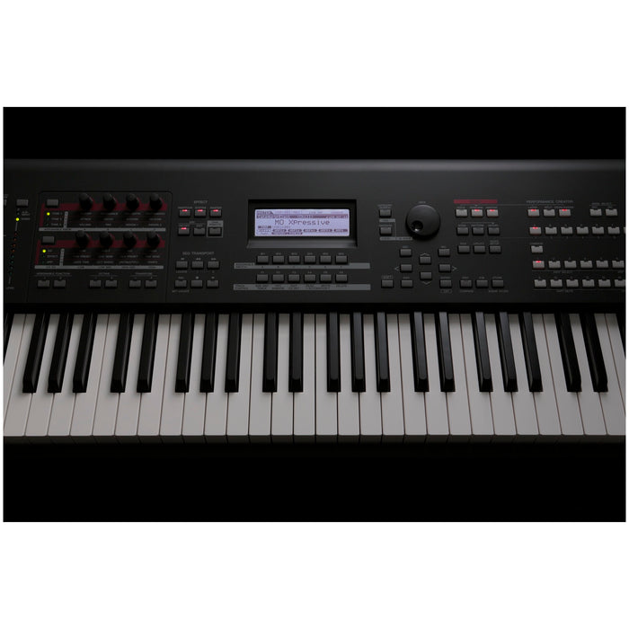 Yamaha MOXF8 88-Key Synthesizer Workstation 3