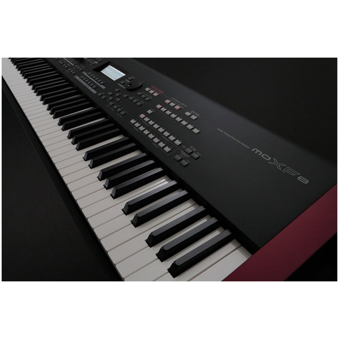 Yamaha MOXF8 88-Key Synthesizer Workstation View 4