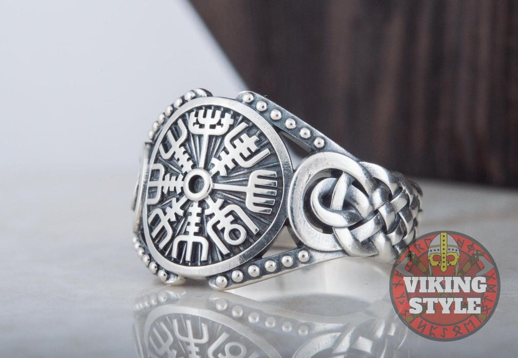 Vegvísir Ring - Endless Knot, 925 Silver