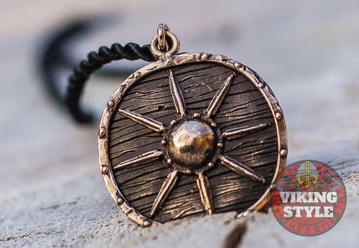 Viking Shield Pendant - Star, Bronze