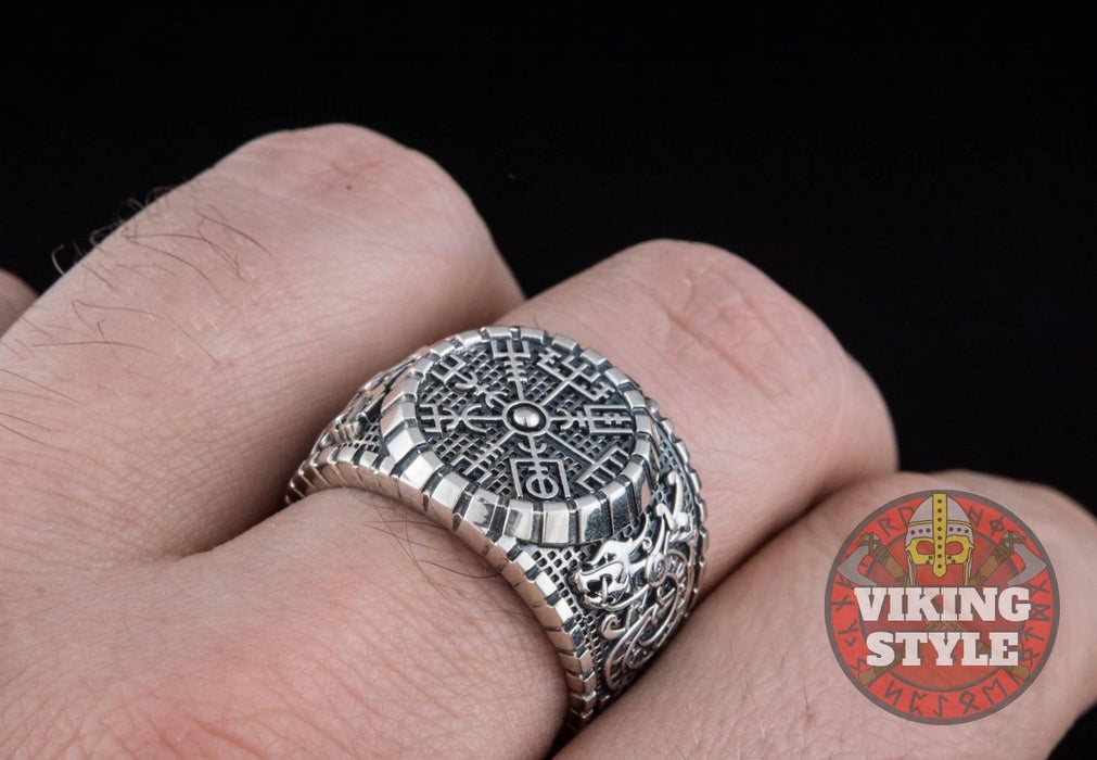 Vegvísir Ring - Dragon, 925 Silver