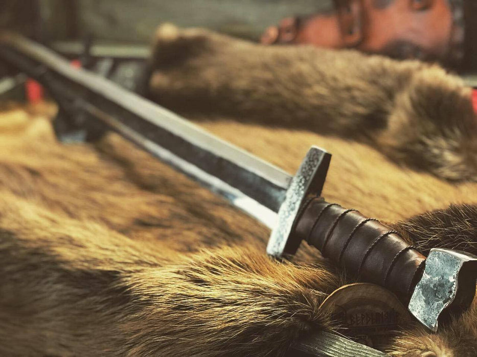 Hand Forged Viking Sword-VikingStyle