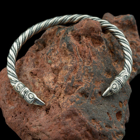 Silver Raven's Arm Ring-VikingStyle