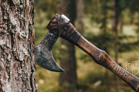 Single Handed Viking Axe-VikingStyle