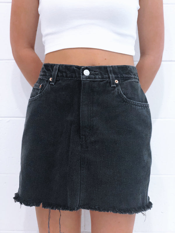 Vintage Levi's Denim Skirt Size 9