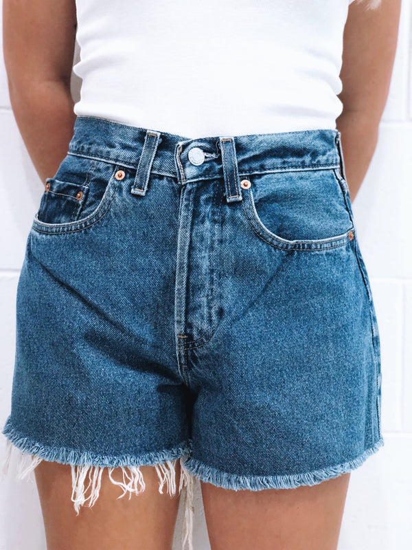 Vintage Levi's Denim Short Size 9