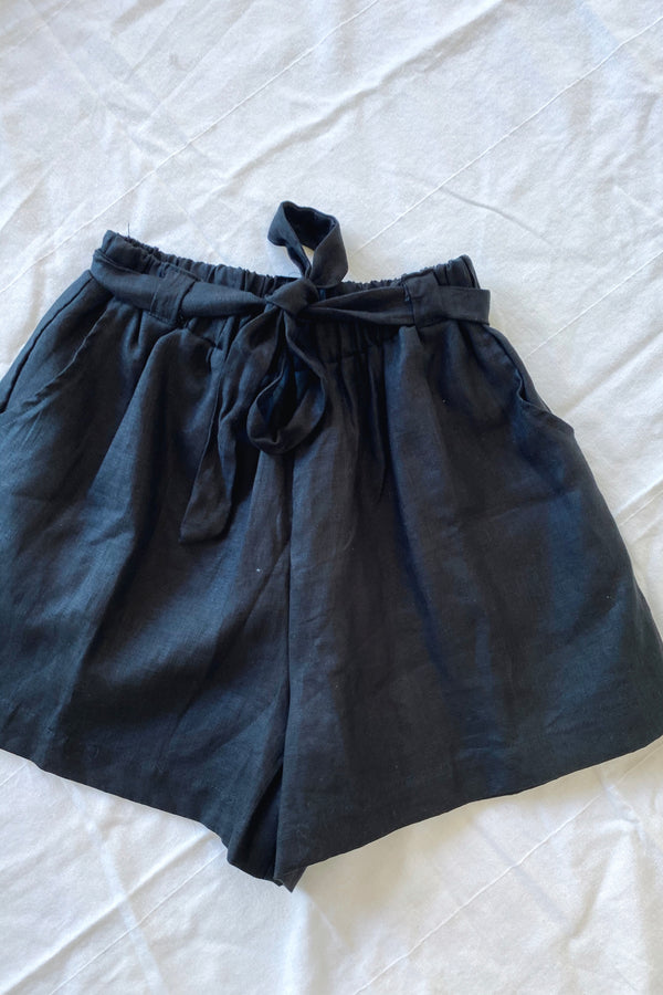 Alice Linen Short Black