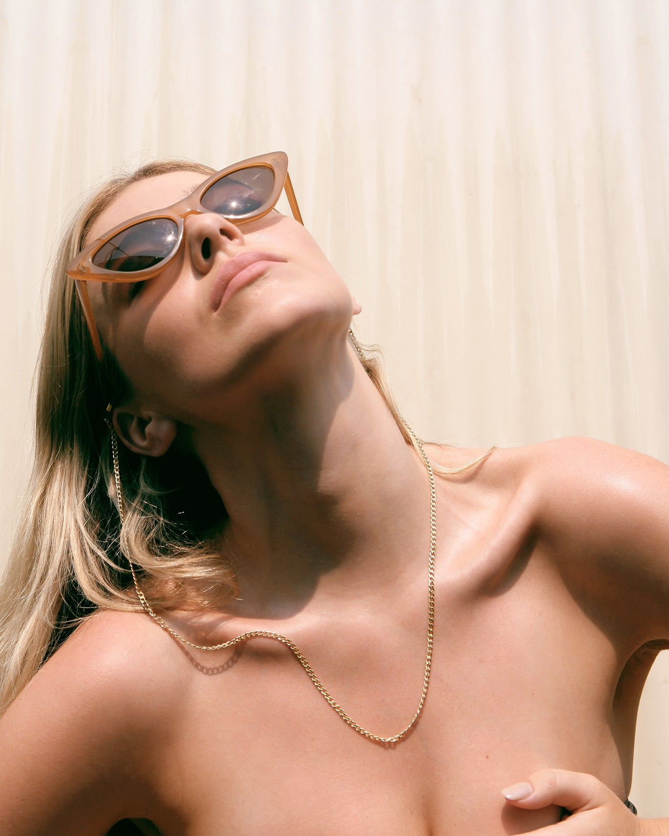 The Jett Sunglass Chain - Gold