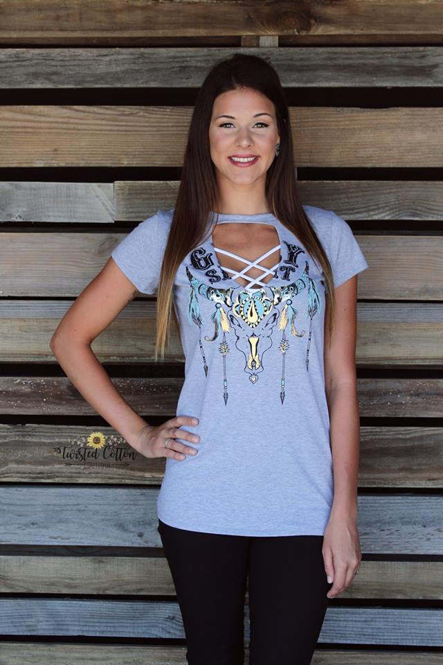 Gypsy Spirit Skull and Arrow Keyhole Rodeo Tee