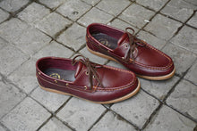 Load image into Gallery viewer, 825 Boat Shoe - Cherry