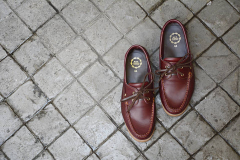 825 Boat Shoe - Cherry