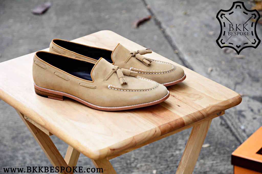 Tassel Loafer Cream Suede - Wooden Sole