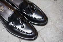 Load image into Gallery viewer, 503 Tassel Loafer Black-Black