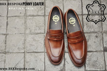Load image into Gallery viewer, 509 Penny Loafer Whisky Patina Paint