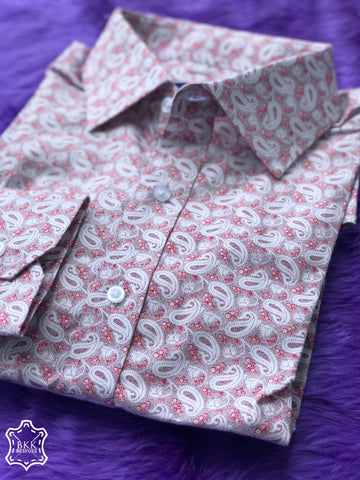The White Red Paisley Print