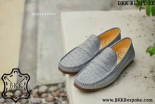 Load image into Gallery viewer, Woven Winter Grey Loafers