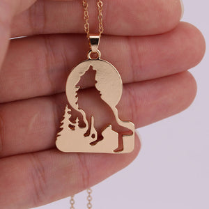 Gorgeous Moon Howling Wolf Necklace