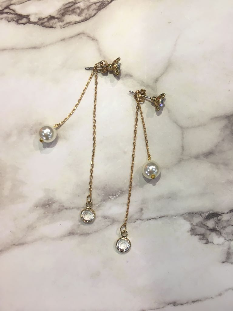 Handmade White Pearl and Crystals Long Chain Earrings/ 手制水晶白珍珠長耳環
