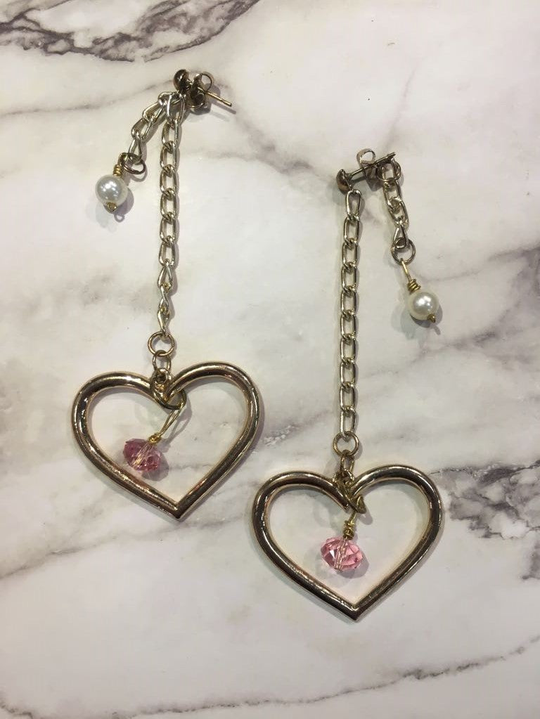 Handmade Gold Heart Pink Beaded Earrings/ 手制心心粉紅珠長耳環