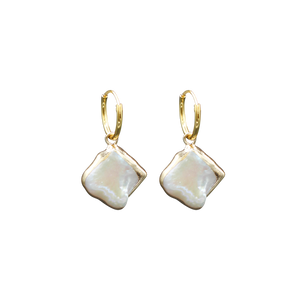 À LA SQUARE MOTHER OF PEARL EARRINGS