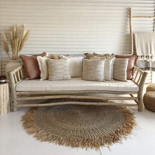 VILLA DAY BED