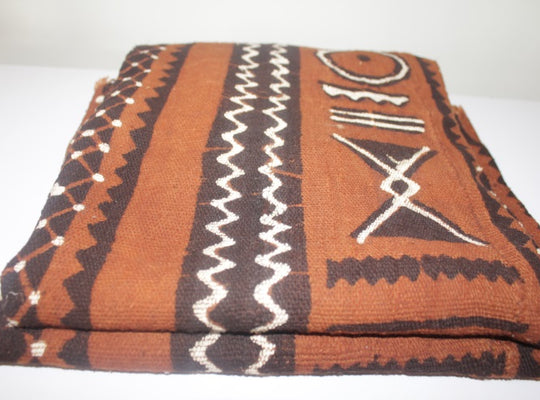 Mud Cloth (Bogolan) – Red brown/black pattern