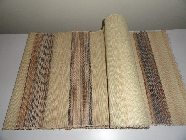 Natural Reed Table Runner with Set of 6 Place mats