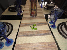 Natural Banana fibre & Reed Table Runner with Set of 8 Place mats