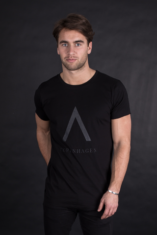 A Copenhagen T-Shirt - Black on Black