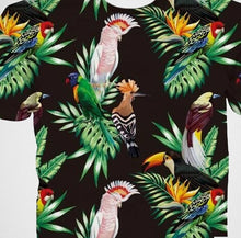Major Mitchell's cockatoo, rosella, rainbow lory & more birds on this t-shirt