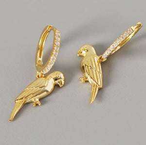 Gold-plated elegant parrot drop pierced earrings with Zircon stones
