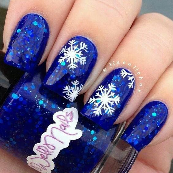 55+ Popular Ideas of Christmas Nails Designs To Try in 2019