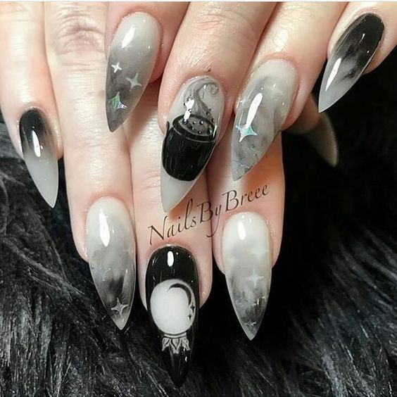 60+ Halloween Nail Art Ideas; Goth nails; Halloween 2018; nail alchemy; claws; Bat nails; crow skull; creepy vibes; nail designs; Halloween nails; Dark aesthetic; nail art; Bat aesthetic; black claws; black everything; new goth; gothic nails; Halloween bat nail;