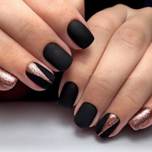 99+ Trending Black Nails Art Manicure Ideas – OSTTY