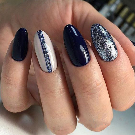 36+ Pretty Trending Fall Nails; coffin nails; Fall gel nail; short Blue nails; Blue cute nails; Blue matte nails; Blue glitter nails.