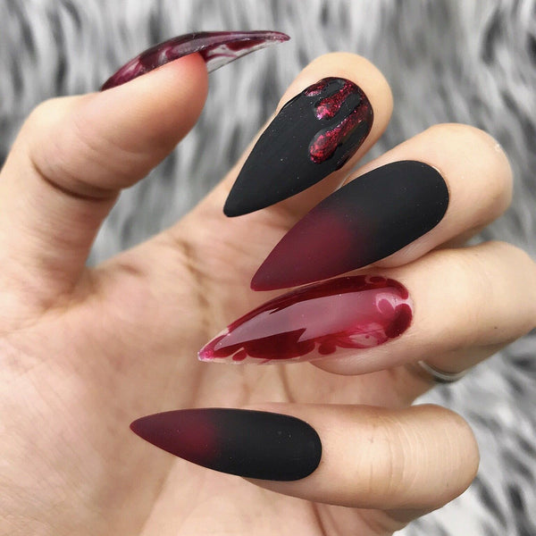 50+ Stylish and Fun Halloween Nail Designs